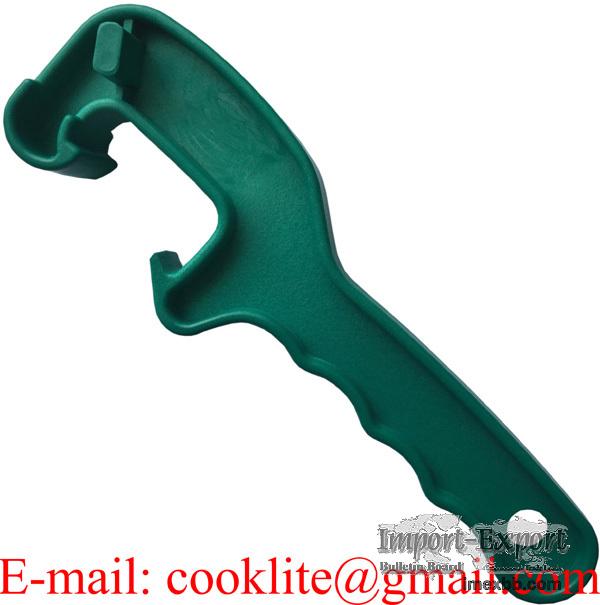 Plastični ključ za bačve