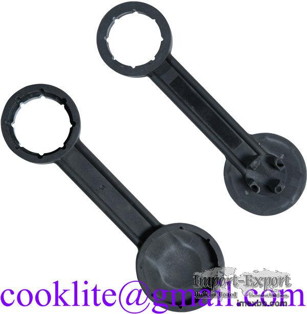 All-in-one plasticni kljuc za burad/bacve/sode