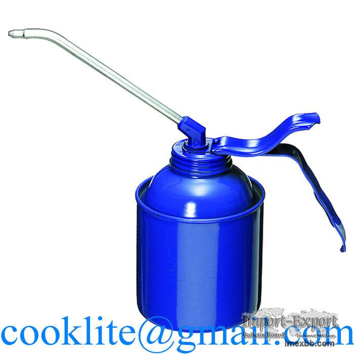 High pressure pump action oiler 500ml lubrication oil spray gun pot long mo