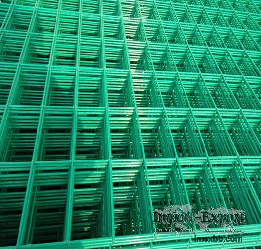 High Quality 4mm PVC Welded Wire Mesh Fence Home Garden V Folds Welded Wire