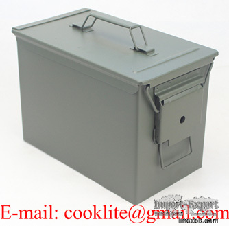 Boîte de rangement munitions moyen modèle / Caisse à munition en métal M2A1