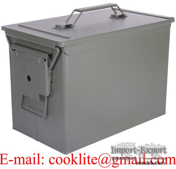 Caisse à munition militaria grand modèle / Boîte métallique de rangement mu
