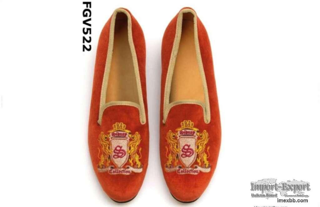 Fashion velvet loafers