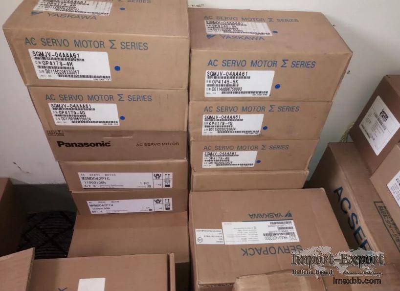 NT20M-SMR32-E                            NT20S-ATT01   NT20S-CFL01   NT20S-