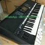 Yamaha PSR-S975 Arranger Workstation Keyboard + SKB Case + Mogami Cables