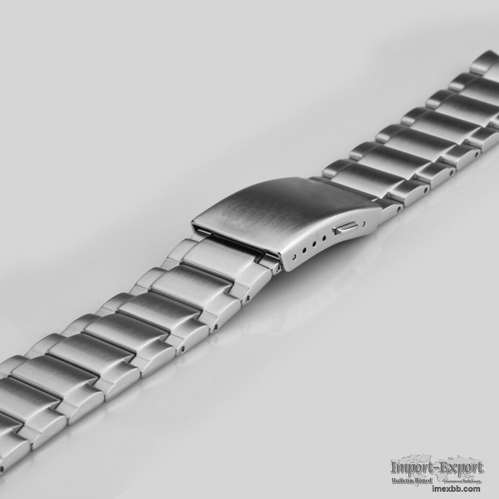 FEATURES OFWS018FINE STAINLESS-STEEL WATCH BRACELET IN SILVER FINISH